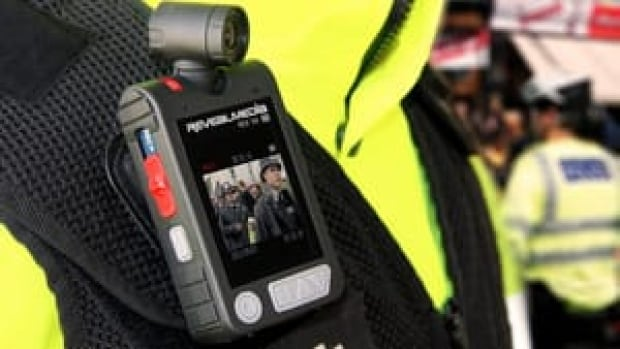 hi-rs3-sx-body-worn-video-camera-4col