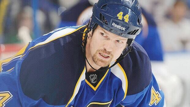Veteran centre Jason Arnott, 38, is looking for a new hockey home after spending last season with the St. Louis Blues. He's among several restricted and unrestricted free agents who didn't sign prior to the NHL lockout.