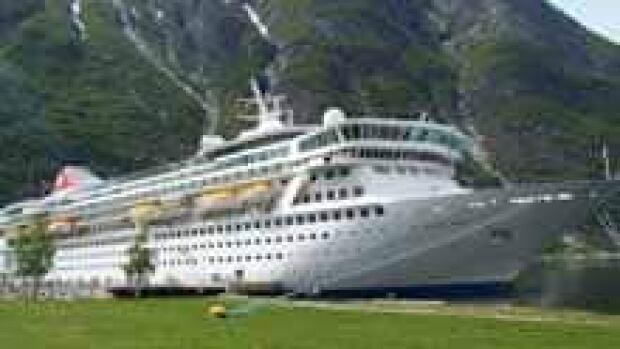 si-ms-balmoral-titanic