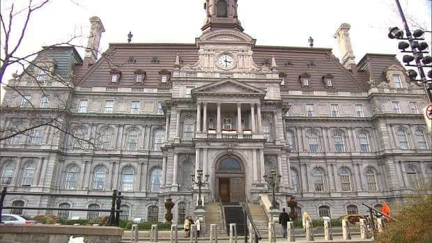 A decision to freeze Montreal borough budgets was thawed out at the latest city council meeting.