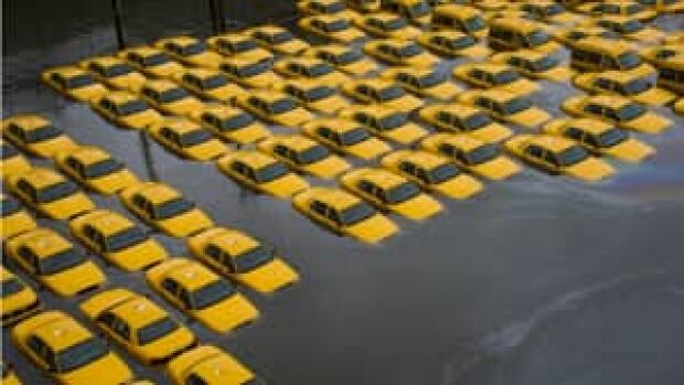 300-sandy-nyc-cabs-03506485