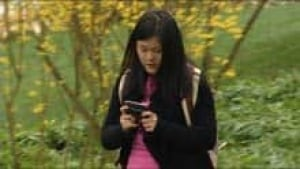 mi-bc-120413-teen-texting-5