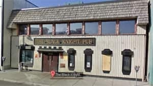 mi-black-knight-pub-yellowknife