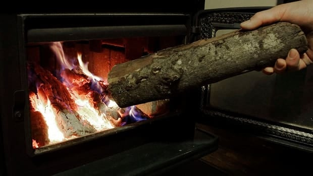 Wood-burning stoves and fireplaces are responsible for half of Montreal's winter smog days, according to Environment Canada.