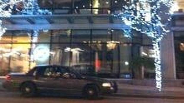hi-bc-120117-downtown-homicide-3col
