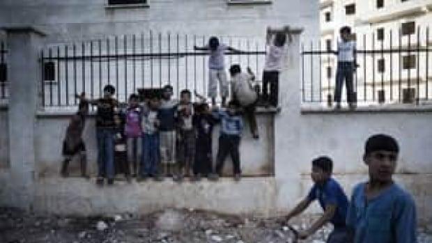 ni-syria-children-streets