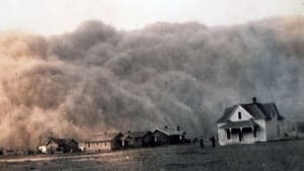 si-300-dust-storm-texas