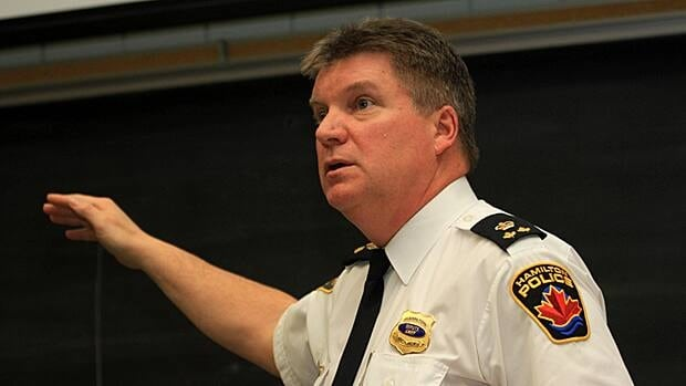 Deputy chief Ken Leenderste, shown at a recent public meeting, says he's found no evidence that casinos cause crime. But entertainment districts do because they bring more foot traffic. (Samantha Craggs/CBC)