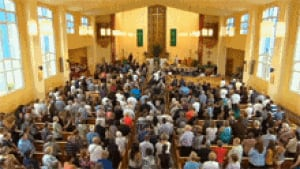 nb-noah-connor-barthe-funeral-church-crowd