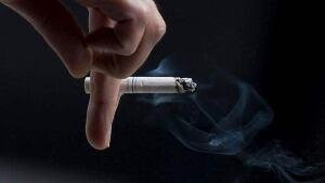 hi-bc-120515-cp-smoke-cigarette