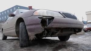 li-broken-car-2