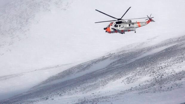 Emergency beacons, which transmit radio signals from distressed inviduals, are crucial in search-and-rescue operations. Here, a Norwegian Sea King helicopter hovers above the Kebnekaise mountain range in Northern Sweden during a 2012 search for a missing Norwegian C-130 Hercules aircraft with five people onboard.
