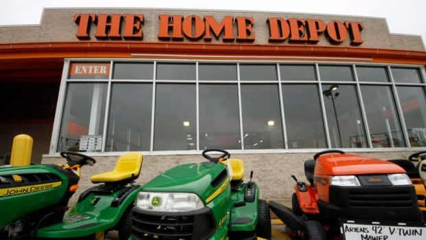 Suspicious Home Depot Canada asset protection staff contacted Calgary police.
