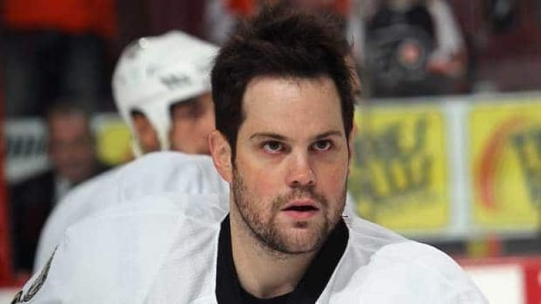 Mike Comrie is being investigated for sexual battery in California, Los  Angeles police confirm. (Bruce Bennett/Getty Images)