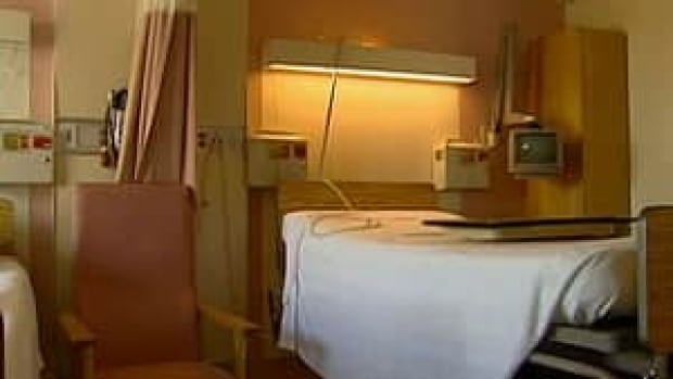pe-hi-hospital-bed-4col