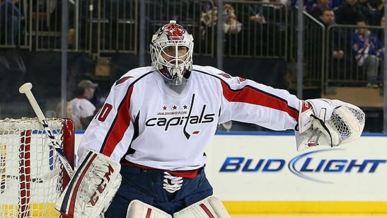 Capitals Give Goalie Braden Holtby 2 Year Contract Extension Cbc Sports