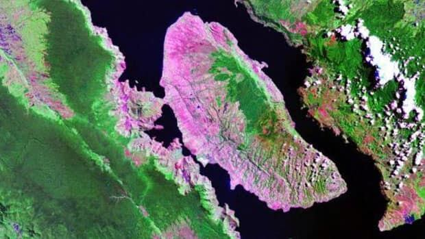 Lake Toba, Sumatra bears the scars of a massive eruption 74,000 years ago. Researchers wonder if modern humans arrived in Asia before or after this time.