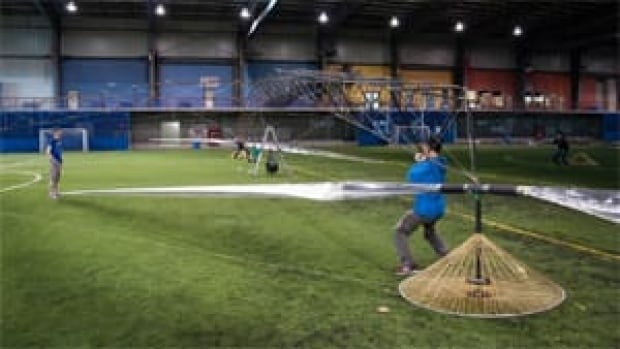 University of Toronto alumni, students and volunteers built the Atlas aircraft, which was piloted more than three metres into the air last month.