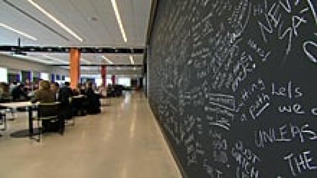 ii-220-chalkboard-at-rim