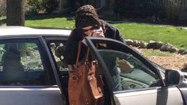 si-suspect-boston-wife-300-ap-04323746