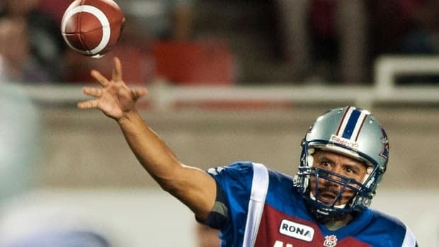 Alouettes quarterback Anthony Calvillo completed 19 of 31 passes for 321 yards, topping the 300-yard mark for the 8th consecutive game, to break the CFL record he shared with Doug Flutie.