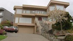 hi-bc-110516-west-vancouver-slave-charges-home-2-4col