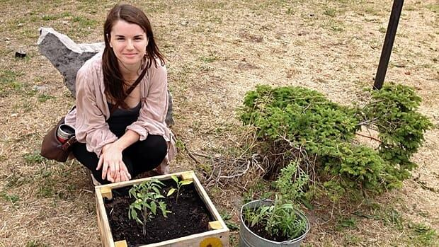 Julia McIntosh wants to offer free food on a plot on James Street North. (Samantha Craggs/CBC)