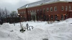 si-nb-stu-snow-220