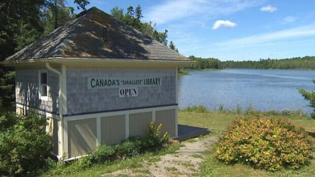 Housed in this tiny building, Canada's Smallest Library has about 1,800 books.