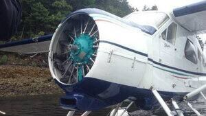 hi-bc-130625-float-plane-4col