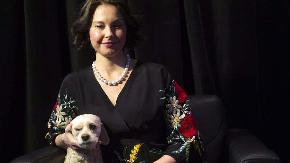 ashley judd essay daily beast Actress ashley judd is lashing out at the tabloid media and celebrity bloggers, after enduring weeks of online speculation over her appearance in a column in the daily beast, judd describes what she.
