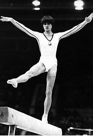 ii-comaneci-300-getty-32629