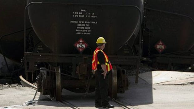 MPs on the House of Commons transport committee voted Tuesday to put off a study on rail safety until after some of the findings into the Lac-Mégantic disaster are known.