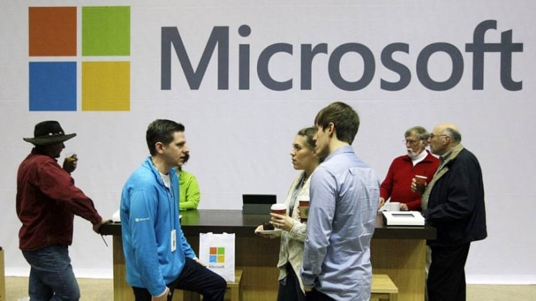Microsoft restores Outlook after outage | CBC News