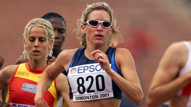 Suzy Favor-Hamilton of the USA is seen here in action in 2001 during the 1st round qualification of the womens 1500 during the second day of the 8th IAAF World Athletic Championships in Edmonton.