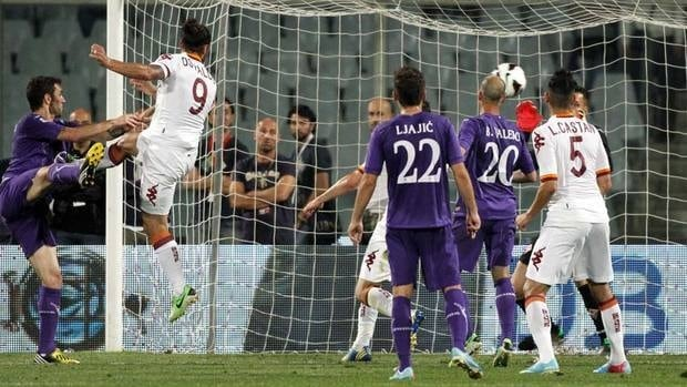 AS Roma's Pablo Daniel Osvaldo scores a late goal during a Serie A soccer match versus Fiorentina at the Artemio Franchi stadium in Florence on Saturday. It was a painful loss for Fiorentina, hurting the club's shot at the Champions League.