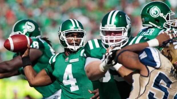 Quarterback Darian Durant threw four touchdown passes as the Saskatchewan Roughriders pulled away from the Winnipeg Bluebombers for a 48-25 victory on Sunday.