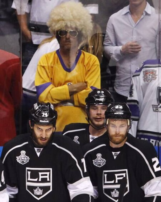 450-kings-fan