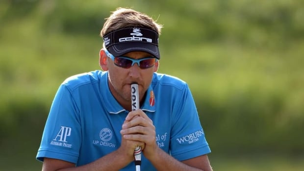 Ian Poulter lost both of his round-robin matches at the World Match Play Championship.