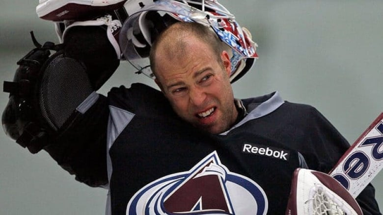 Avalanche goalie Jean-Sebastien Giguere ripped his ...