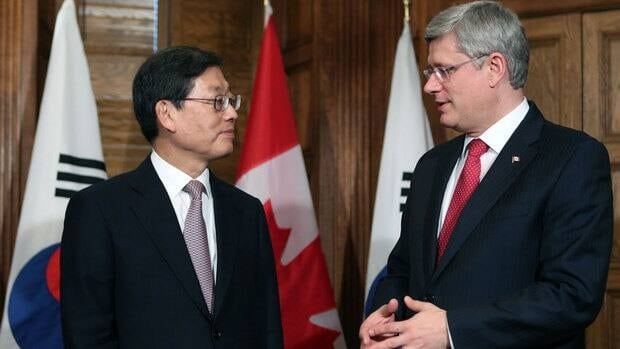 Prime Minister Stephen Harper, right, discussed trade with South Korean Prime Minister  Kim Hwang-sik in Ottawa in 2012. Now it appears the two sides are close to a long-sought trade deal, The Canadian Press is reporting.