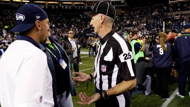 Official Lance Easley explains his controversial call that gave Seattle a dramatic victory over Green Bay.