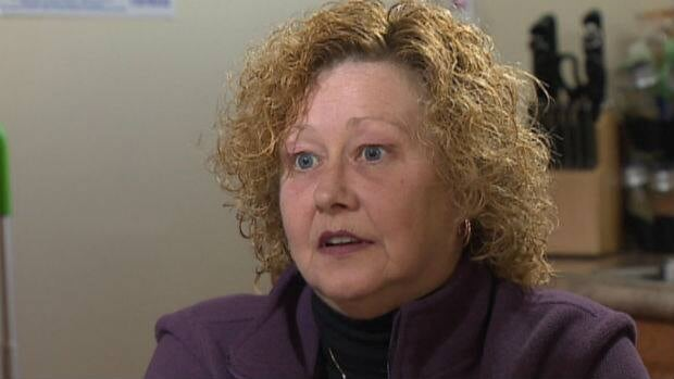 Donna Joy says the treatment she received in a hyperbaric chamber helped cure her of the pain she suffered.