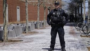 300-boston-police-rtxz6ia