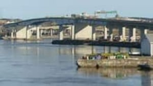hi-nb-saint-john-bridge-852-3col