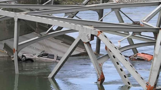 Washington state Gov. Jay Inslee announced Sunday that the temporary spans for the Interstate 5 bridge will be installed across the Skagit River by around mid-June, if plans go well. Three people had to be rescued when the bridge collapsed May 24.