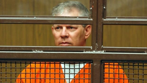 Lenny Dykstra faces up to 20 years in jail, though prosecutors are asking for two-and-a-half years.