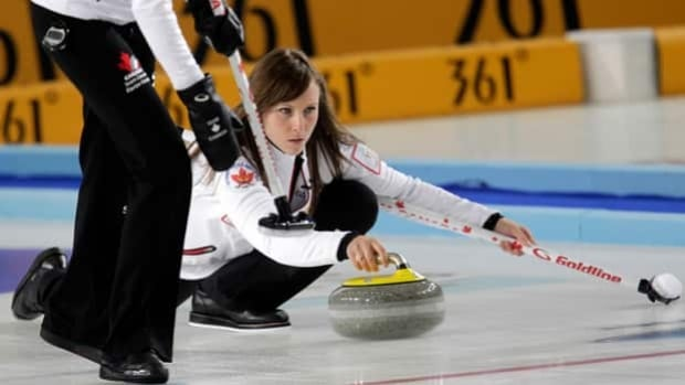 Ottawa's Rachel Homan has skipped Team Canada to the 3-4 Page playoff in Riga, Latvia.