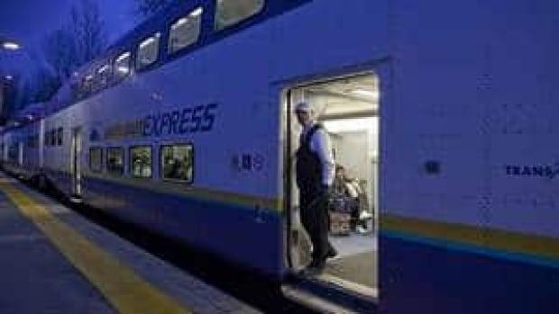 hi-bc-120521-west-coast-express-4col