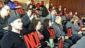 ii-casino-no-activists-220